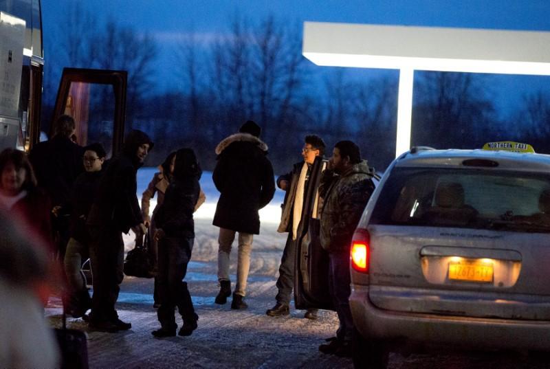 york fines cab companies   advantage  migrants fleeing  canada reuters