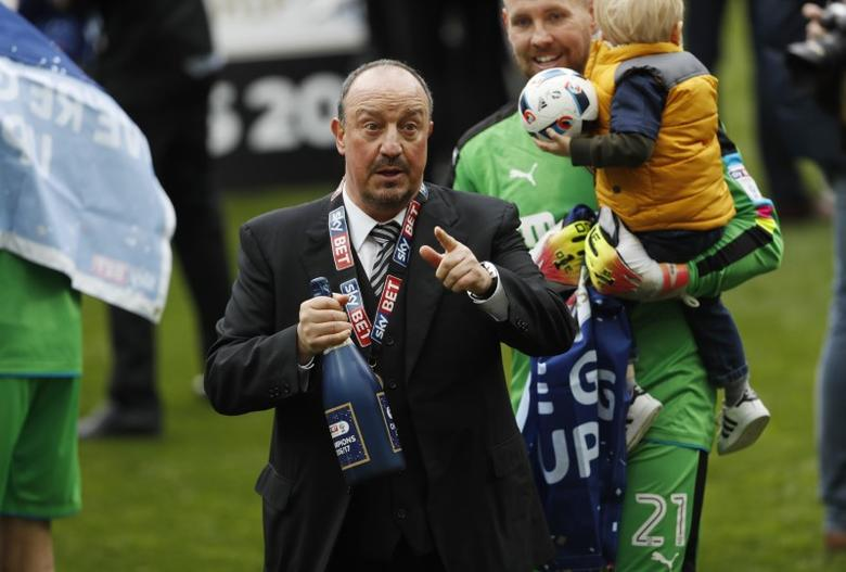 Britain Soccer Football - Newcastle United v Barnsley - Sky Bet Championship - St James' Park - 7/5/17 Newcastle manager Rafael Benitez celebrates winning the league Mandatory Credit: Action Images / Lee Smith Livepic