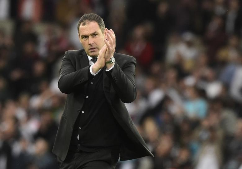 Britain Soccer Football - Swansea City v Everton - Premier League - Liberty Stadium - 6/5/17 Swansea City manager Paul Clement applauds the fans at the end of the match Reuters / Rebecca Naden Livepic