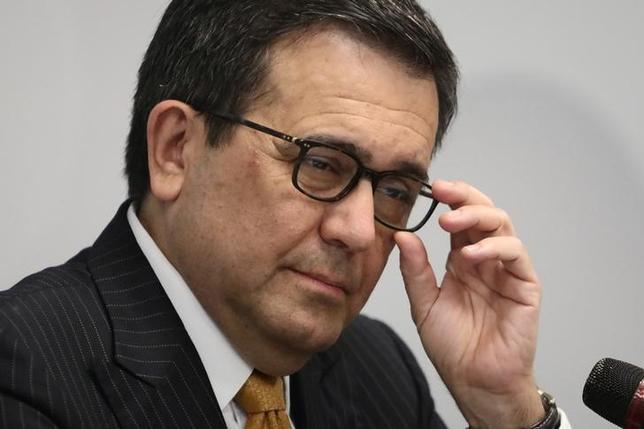 5月11日、メキシコのグアハルド経済相(写真)は同国の当局者が9月に予定して中国訪問について、米国が北米自由協定(NAFTA)から離脱したとしても他の輸出先があることを示すものだと述べ、トランプ米大統領をけん制した。8日撮影(2017年 ロイター/Edgard Garrido)