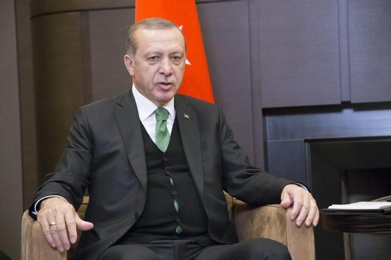 Turkish President Tayyip Erdogan attends a meeting with his Russian counterpart Vladimir Putin in Sochi, Russia, May 3, 2017. REUTERS/Alexander Zemlianichenko/Pool/Files