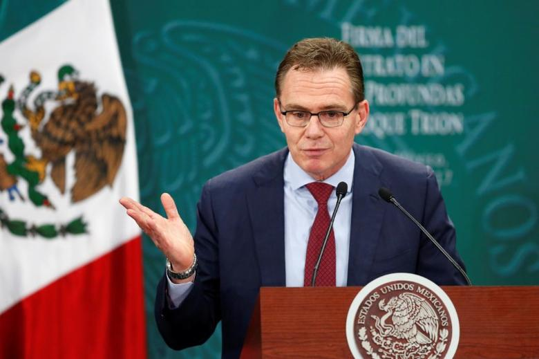 Andrew Mackenzie, CEO of BHP Billiton, addresses the audience during the first-deep water contract ceremony between Pemex and BHP Billiton, in Mexico City, Mexico March 3, 2017. REUTERS/Carlos Jasso