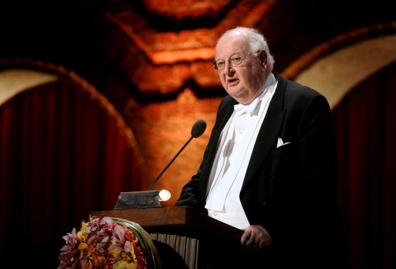 Nobel Laureate in economics Professor Angus Deaton speaks during the 2015 Nobel Banquet at the Stockholm City Hall December 10, 2015. REUTERS/Fredrik Sandberg/TT News Agency