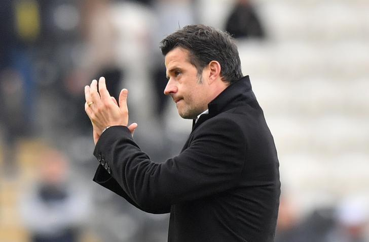 Britain Soccer Football - Hull City v Sunderland - Premier League - The Kingston Communications Stadium - 6/5/17 Hull City manager Marco Silva applauds fans after the match  Reuters / Anthony Devlin Livepic