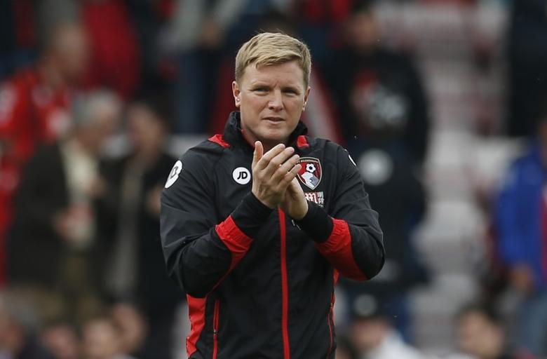Britain Soccer Football - AFC Bournemouth v Stoke City - Premier League - Vitality Stadium - 6/5/17 Bournemouth manager Eddie Howe applauds fans after the match  Action Images via Reuters / Andrew Couldridge Livepic