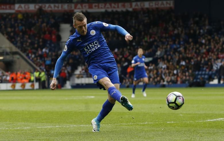Britain Football Soccer - West Bromwich Albion v Leicester City - Premier League - The Hawthorns - 29/4/17 Leicester City's Jamie Vardy scores their first goal  Action Images via Reuters / Andrew Boyers Livepic