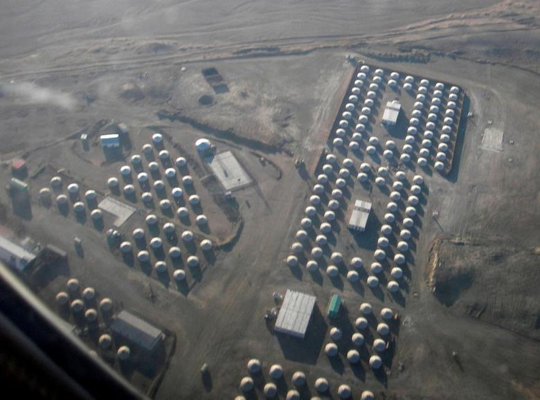An aerial view shows traditional Mongolian tents that will house workers at Oyu Tolgoi copper and gold deposit developed by Rio Tinto and Ivanhoe Mines in the Gobi desert, Mongolia November 10, 2007. REUTERS/Tom Miles/File Photo     - RTSPLYH