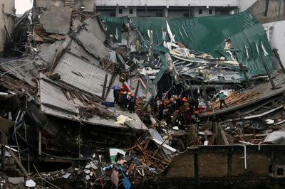 Building collapse in Sri Lanka