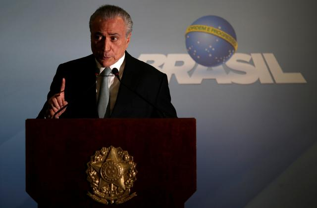 Brazil's President Michel Temer speaks at the Planalto Palace in Brasilia, Brazil, May 18, 2017. REUTERS/Ueslei Marcelino