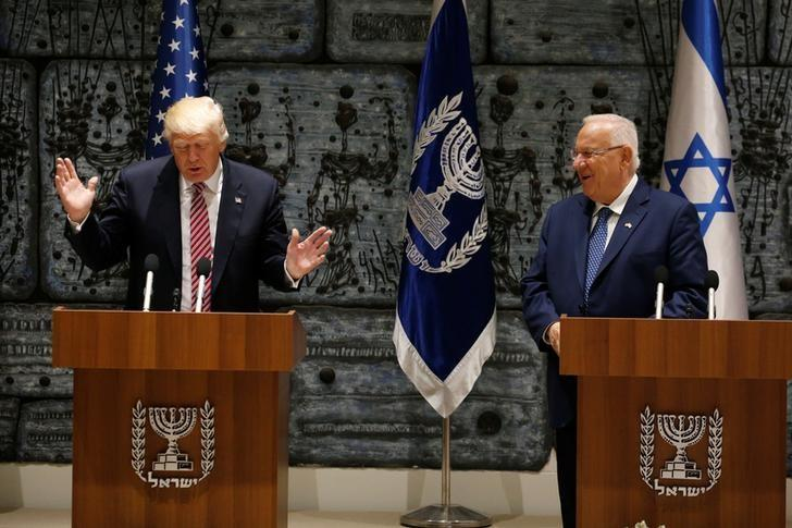 U.S. President Donald Trump (L) gestures next to Israeli President Reuven Rivlin, in Jerusalem May 22, 2017. REUTERS/Jonathan Ernst