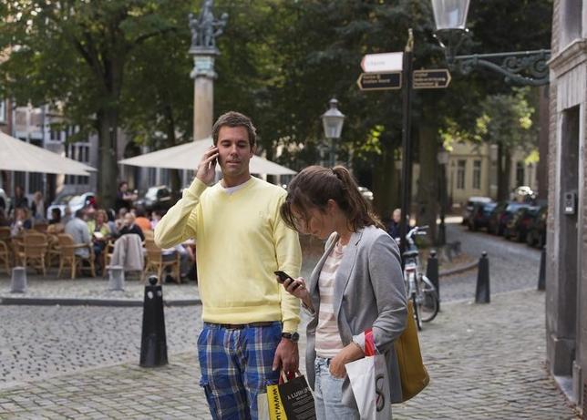 5月29日、EUは、2020年までに最大8000の市町村で無料の公衆無線LAN「Wi―Fi」を提供できるよう1億2000万ユーロの予算を確保することを決定した。オランダのマーストリヒトで2012年9月撮影(2017年 ロイター/Michael Kooren)