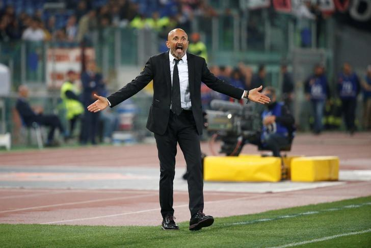 Football Soccer - AS Roma v Juventus - Serie A - Olympic Stadium, Rome, Italy - 14/5/17Roma coach Luciano Spalletti reacts Reuters / Stefano Rellandini