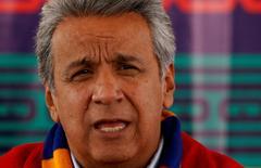 El presidente de Ecuador, Lenín Moreno, en Cochasqui, Ecuador. 25 de mayo 2017. Ecuador eliminará en su totalidad a partir del jueves una salvaguardia de balanza de pagos que impuso hace unos dos años a una parte de sus importaciones, una medida que le permitió recaudar unos 1.530 millones de dólares y equilibrar su sector externo, dijo el miércoles el Ministerio de Comercio Exterior. REUTERS/ Mariana Bazo