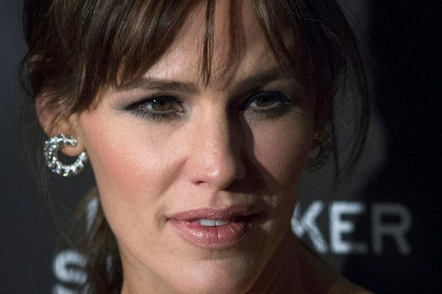 FILE PHOTO: Actress Jennifer Garner attends the 'Danny Collins' premiere at AMC Lincoln Square Theater in New York, March 18, 2015. REUTERS/Eduardo Munoz/File Photo