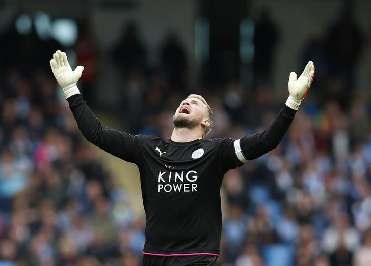 Britain Football Soccer - Manchester City v Leicester City - Premier League - Etihad Stadium - 13/5/17 Leicester City's Kasper Schmeichel reacts Reuters / Andrew Yates Livepic EDITORIAL USE ONLY. No use with unauthorized audio, video, data, fixture lists, club/league logos or ''live'' services. Online in-match use limited to 45 images, no video emulation. No use in betting, games or single club/league/player publications.  Please contact your account representative for further details.