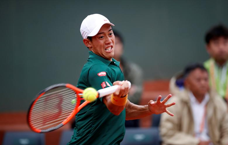 French Open - Roland Garros, Paris, France - June 3, 2017 Japan's Kei Nishikori in action during his third round match against South Korea's Hyeon Chung Reuters / Christian Hartmann