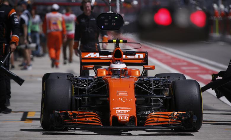 FILE PHOTO: Formula One - F1 - Russian Grand Prix - Sochi, Russia - 28/04/17 - McLaren Honda Formula One driver Stoffel Vandoorne of Belgium arrives at the garage.   REUTERS/Maxim Shemetov/File Photo