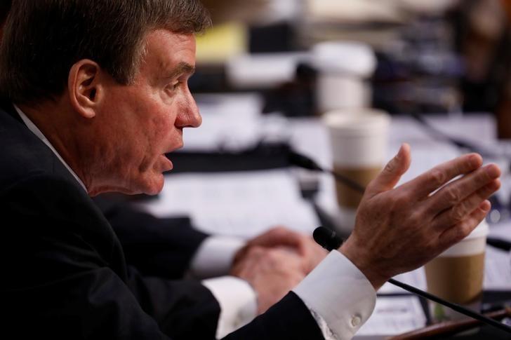 Sen. Mark Warner (D-VA) asks a question during a Senate Intelligence Committee hearing on Capitol Hill in Washington, D.C., U.S., June 7, 2017.  REUTERS/Aaron P. Bernstein