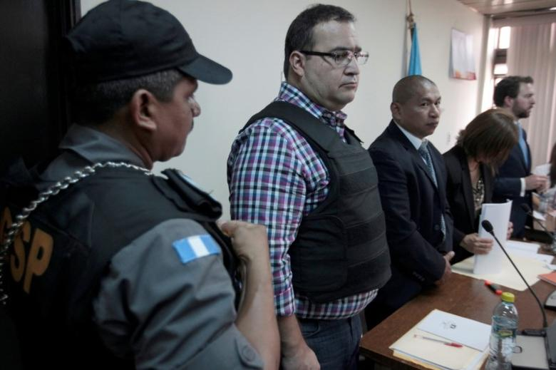 FILE PHOTO: Javier Duarte, former governor of Mexican state Veracruz, appears in a court for extradition proceedings in Guatemala City, Guatemala, April 19, 2017. REUTERS/Jose Cabezas