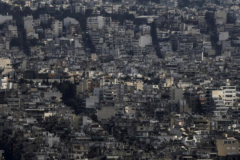FILE PHOTO: A view shows the cityscape of Athens, Greece, October 18, 2015. REUTERS/Alkis Konstantinidis/File Photo