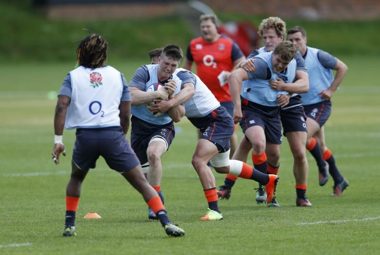 Britain Rugby Union - England Training - Brighton College - 16/5/17 England's Tom Curry during training Action Images via Reuters / Andrew Boyers Livepic