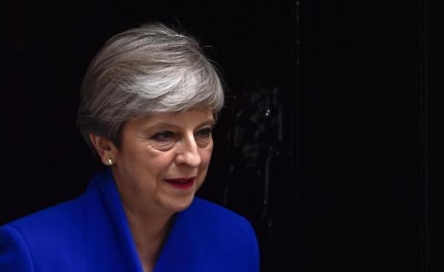 6月9日、メイ英首相が組閣を表明した。写真はロンドンで同日撮影(2017年 ロイター/Hannah Mckay)