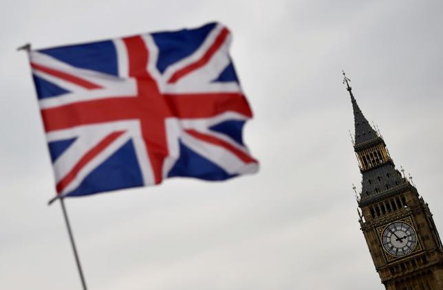 6月12日、格付け会社ムーディーズ・インベスターズ・サービスは、英国で実施された総選挙が決定的でない結果となったことで、欧州連合(EU)離脱交渉に遅れが生じる可能性があるとの見方を示した。4月撮影(2017年 ロイター/Hannah McKay)