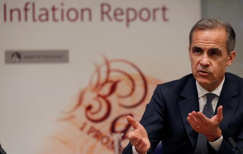 Bank of England Governor Mark Carney speaks during the central Bank's quarterly Inflation Report press conference at the Bank of England in the City of London,  Britain May 11, 2017.REUTERS/Adrian Dennis/File Photo