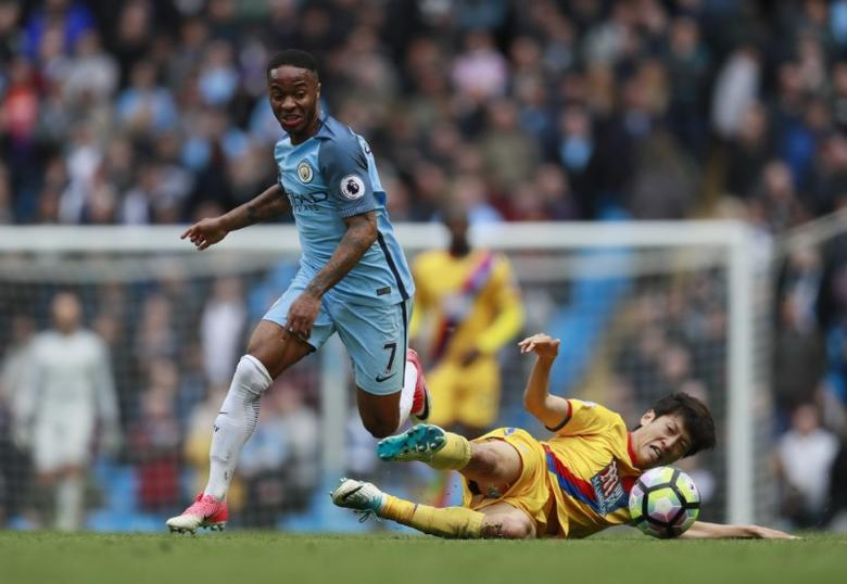 Britain Soccer Football - Manchester City v Crystal Palace - Premier League - Etihad Stadium - 6/5/17 Manchester City's Raheem Sterling in action with Crystal Palace's Lee Chung-yong  Action Images via Reuters / Jason Cairnduff Livepic