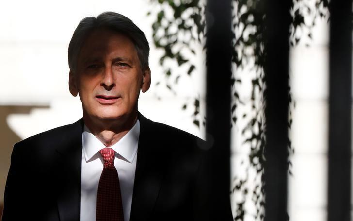 Philip Hammond, Britain's Chancellor of the Exchequer, arrives in Downing Street, in central London, Britain June 14, 2017.  REUTERS/Stefan Wermuth