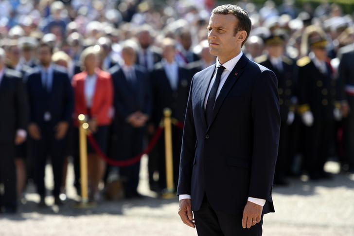 French President Emmanuel Macron attends a ceremony marking the 77th anniversary of late French General Charles de Gaulle's appeal of June 18, 1940, at the Mont Valerien memorial in Suresnes, near Paris, France, June 18, 2016.  REUTERS/Bertrand Guay/Pool