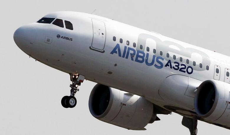 FILE PHOTO: The Airbus A320neo (New Engine Option) takes off during its first flight event in Colomiers near Toulouse, southwestern France, September 25, 2014. REUTERS/Regis Duvignau