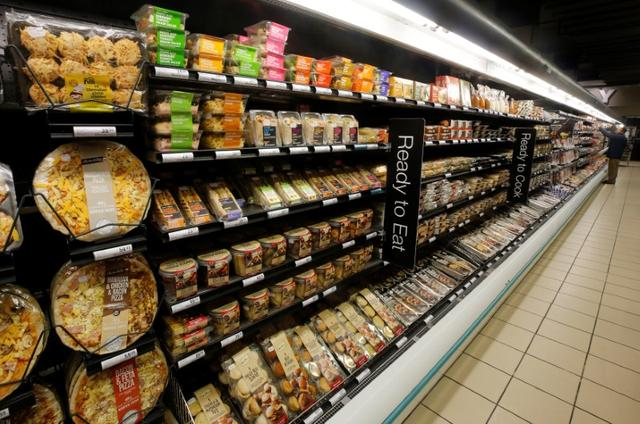Ready to eat meals are displayed  at an outlet of retailer Shoprite Checkers in Cape Town, South Africa, June 15, 2017. Picture taken June 15, 2017. REUTERS/Mike Hutchings