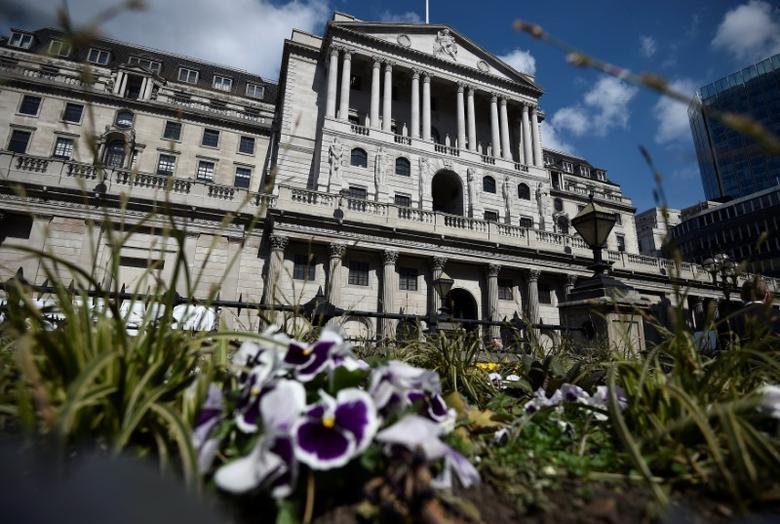 A general view shows the Bank of England in the City of London, Britain April 19, 2017.REUTERS/Hannah McKay/File Photo