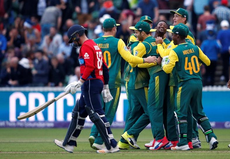 Cricket-South Africa fight back to level T20 series with England