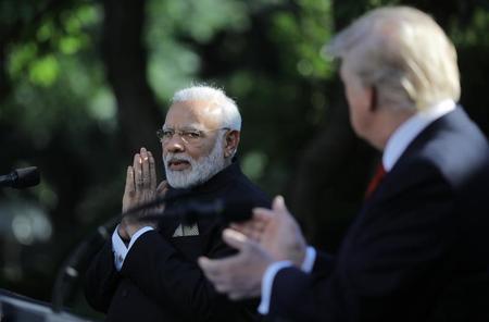 ترامب ورئيس وزراء الهند يطالبان باكستان بمنع وقوع هجمات إرهابية