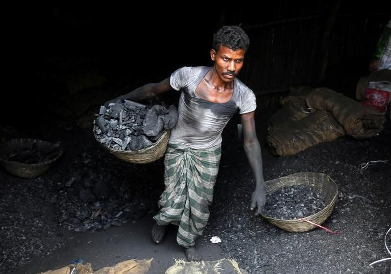 India should revisit lofty coal output targets as demand weak - Niti Aayog