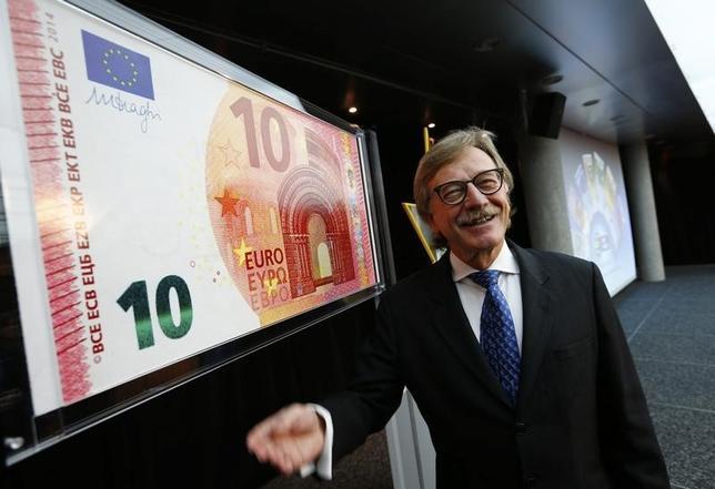 7月4日、欧州中央銀行(ECB)のメルシュ専務理事(写真)は、欧州連合(EU)全域をカバーする不良債権登録システムを立ち上げれば、総額9000億ユーロに上る不良債権を取引できる市場創設の一助になるとの考えを示した。2014年1月撮影(2017年 ロイター/Ralph Orlowski)