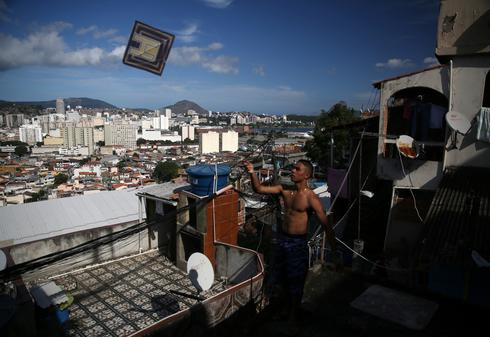 Brazil's battle of the kites