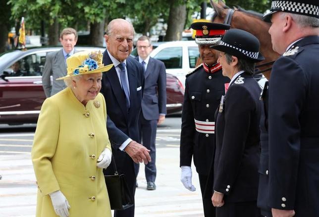 エリザベス女王、ロンドン警視庁新庁舎の開設式典に参加