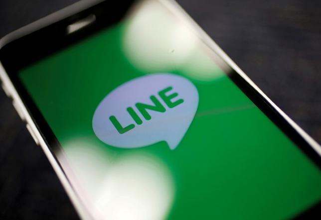7月14日、LINEは「スマートフォンの次」を見据え、人工知能(AI)プラットフォームを搭載したスマートスピーカーの予約販売を14日に始めた。2014年9月撮影(2017年 ロイター/Toru Hanai)