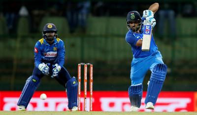 India beat Sri Lanka to clinch ODI series