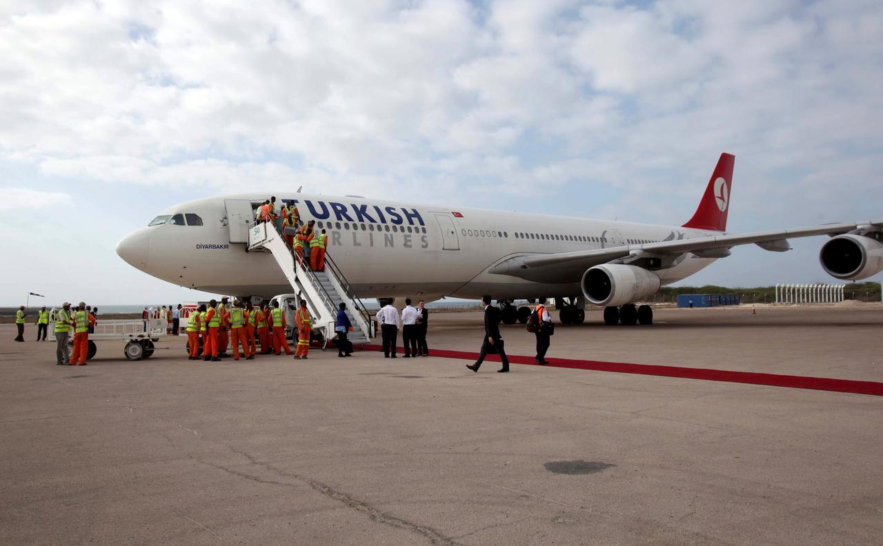 Turkish Airlines profits in Africa, where others fear to fly - Reuters