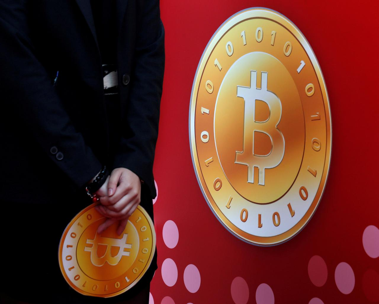 Image result for Beijing cryptocurrency exchanges told to announce trading halt: source