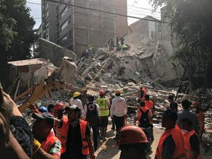 Earthquake rattles Mexico City