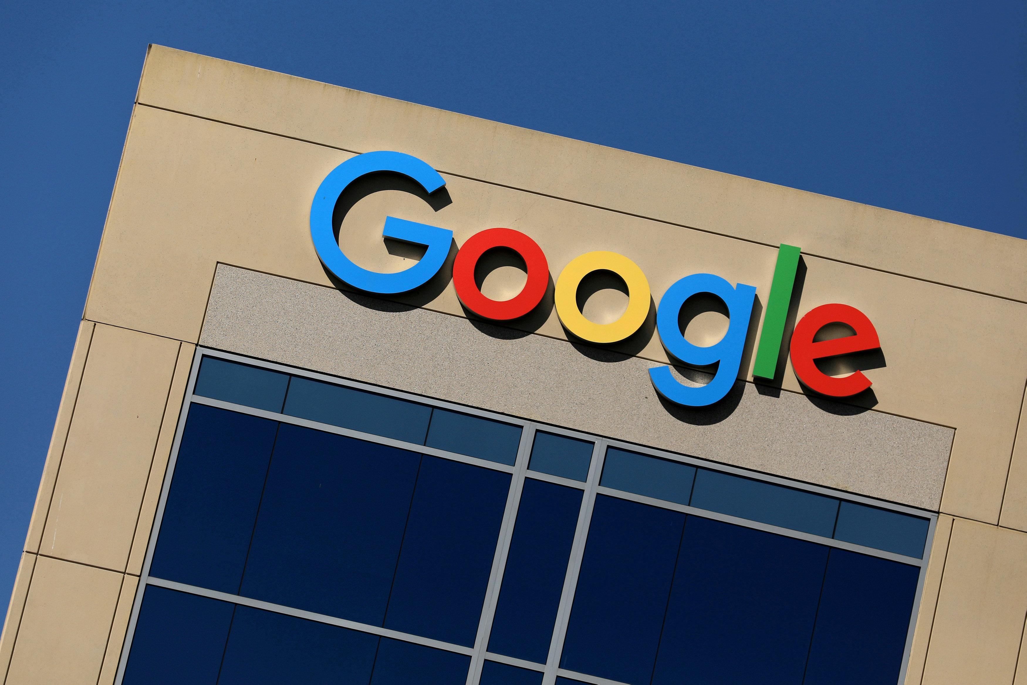 Internet giants, once above the fray, on the defensive in Washington