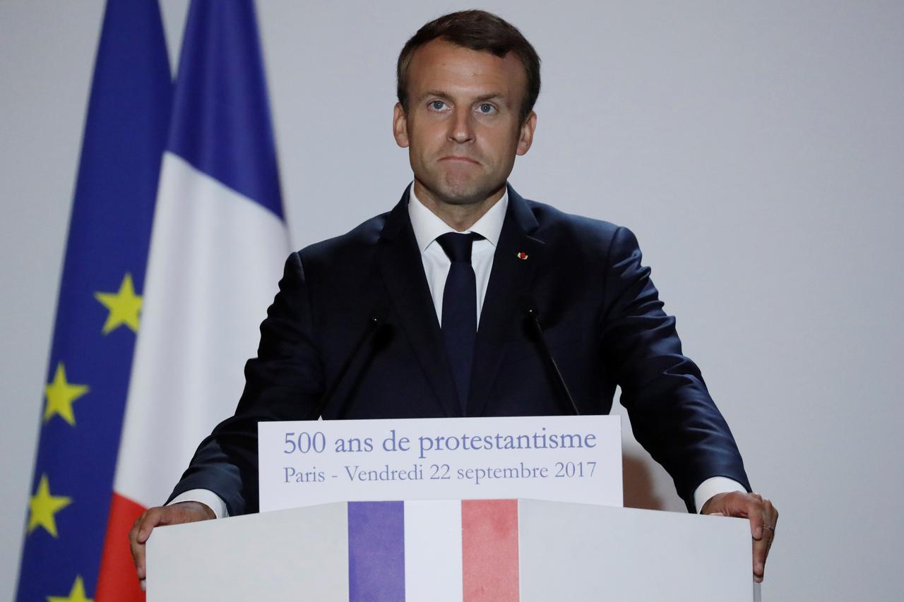 仏上院選、マクロン新党が議席減...
