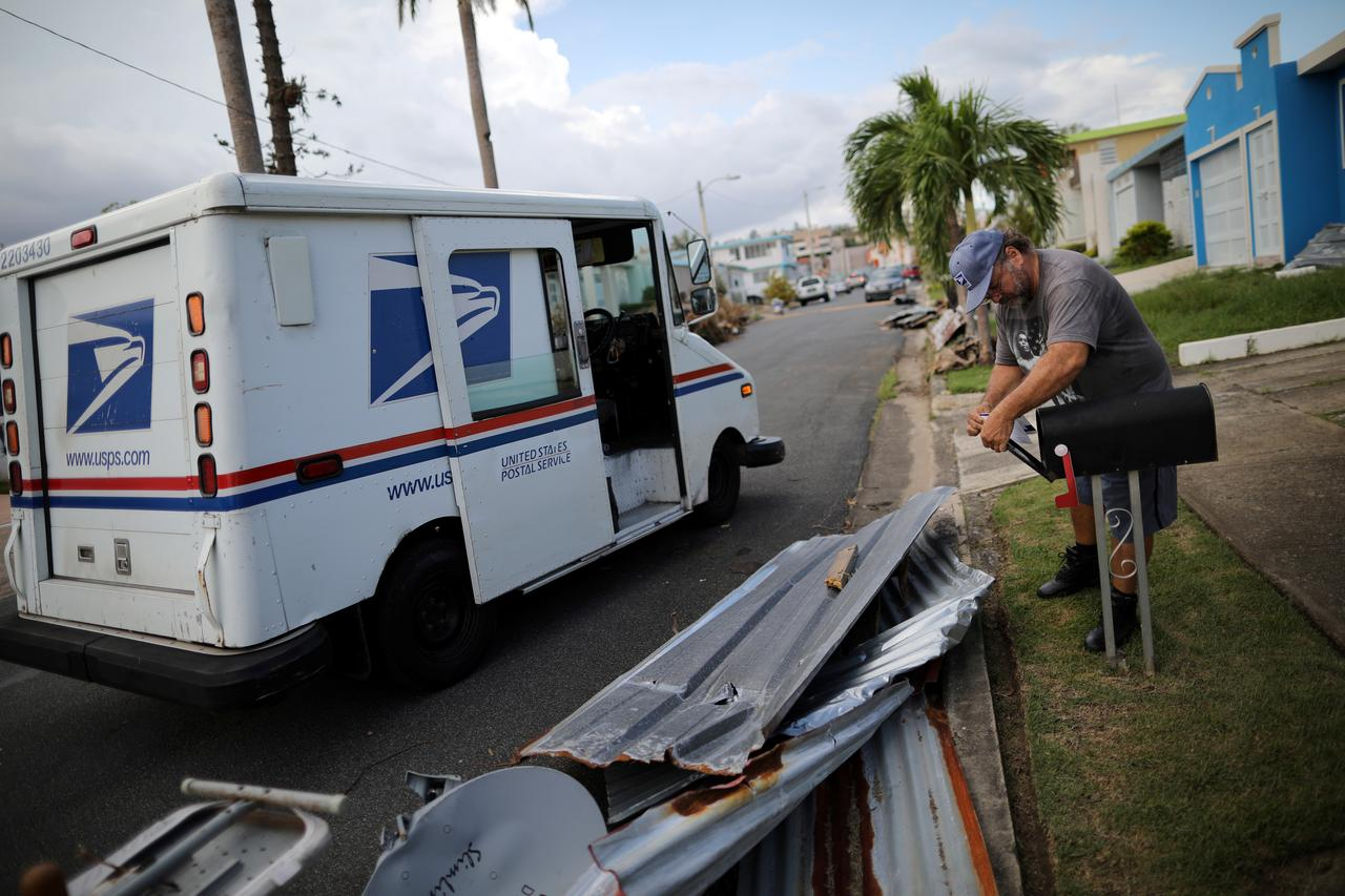 u s mail carriers emerge as heroes in puerto rico recovery reuters