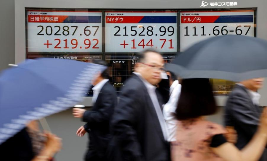 Asia shares at 10-year high ahead of U.S. data, China Congress