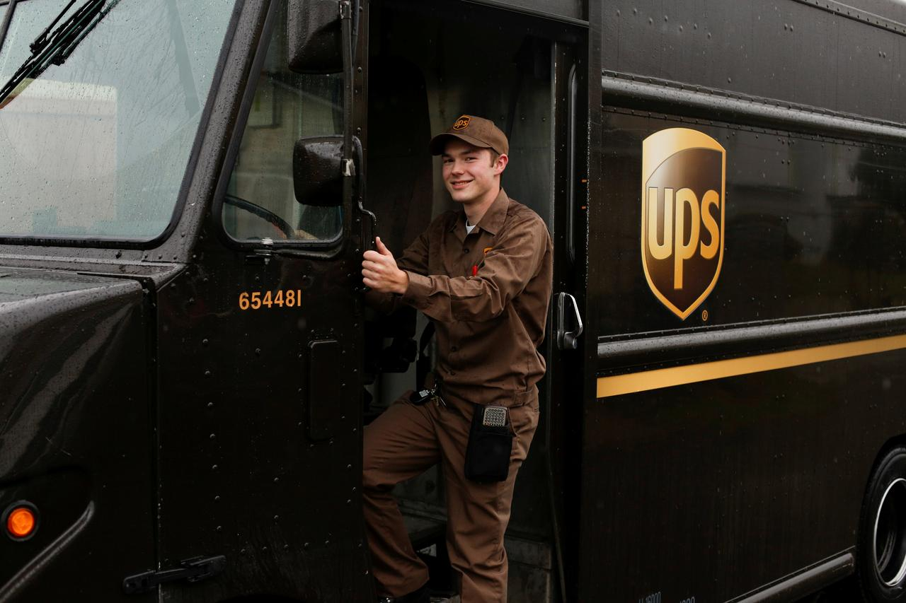 Forrest Lampe Martin Poses For A Portrait During Ups Delivery As The International Service Gears Up Upcoming Peak Season Prior